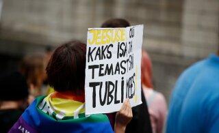 FOTOD | Poolsada inimest marssisid Tallinnas Poola seksuaalvähemuste eest