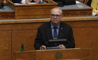 BLOGI | Reformierakonna umbusaldusavaldus kukkus läbi: maaeluminister Mart Järvik jääb ametisse