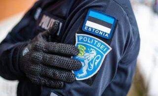 Полиция обнаружила на трех предприятиях незаконно работавших украинцев и белорусов. Один нарушитель пытался скрыться в туалете