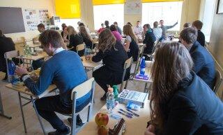 План Министерства образования отменить выпускные экзамены в школе провалился