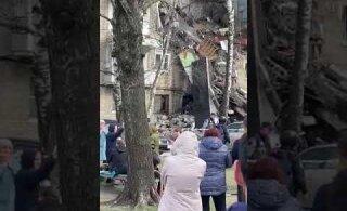 ВИДЕО: В Подмосковье обрушился подъезд жилого дома