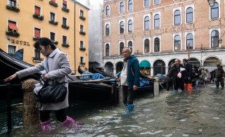 Крупнейшее наводнение в Венеции привело к первым жертвам