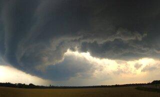 В среду погода испортится, начнутся затяжные дожди, местами грозы