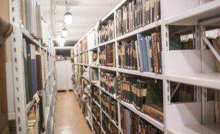 Более половины студентов хотят продолжать заниматься летом продажами книг в США