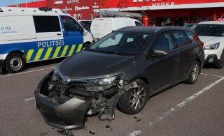ФОТО | Полиция просит помощи свидетелей ДТП в Хааберсти