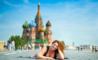 СМИ: Россия собирается выдавать туристические визы сроком на полгода