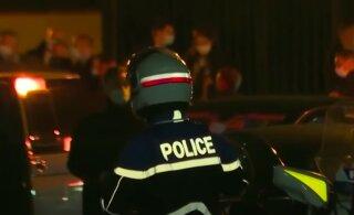 Во Франции начато более 80 расследований после убийства учителя