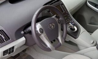 Toyota: tagasikutsumisele reageerivad eeskätt uute autode omanikud