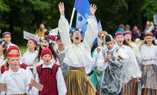 Шествие праздничного огня Праздника песни и танца пройдет по Ида-Вирумаа! Смотрите программу