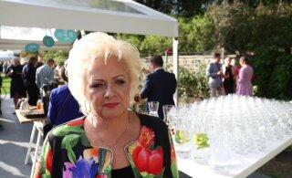 Delfi на приеме в Розовом саду | Анне Вески вспоминает события 91-го: как всегда приехала откуда-то и тогда узнала, что случилось