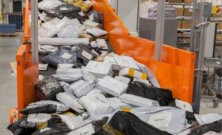 Люди негодуют: посылки от AliExpress якобы пришли в Эстонию, но Omniva их не отдает. Правда ли это?