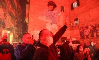 Napoli linn on Maradona surma järel sügavas leinas