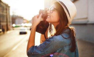 Путешественница привозит оригинальные фотографии на память о поездках