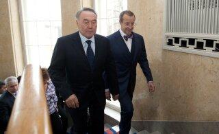 Президент Казахстана Нурсултан Назарбаев ушел в отставку