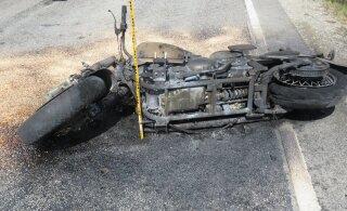 Eile sai autojuhtide süül vigastada kolm mootorratturit: kõik tähelepanematud sohvrid tegid vasakpööret