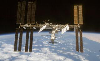 VIDEO | SpaceX-i kosmoselaev põkkus rahvusvahelise kosmosejaamaga