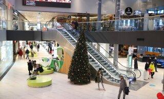 ФОТО DELFI | В торговых центрах новые ограничения: соблюдают ли люди правила?