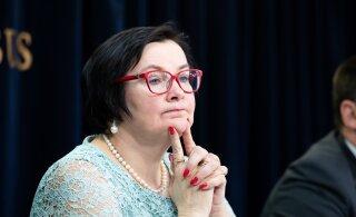 Катри Райк выплатила советникам-соцдемам премии на четырехзначную сумму