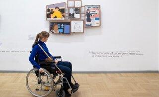FOTOD | Kunstihoones näeb maailma tippgaleriidesse jõudnud puuetega kunstnike töid