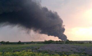 В Ида-Вирумаа горит свалка Уйкала