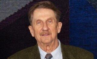 Selgitas seoseid inimese ja looduse vahel. 81-aastasena lahkus ajaloolane Tanel Moora