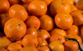 В приграничных с Эстонией областях России обнаружили 20 тонн мандаринов из США. И уничтожили