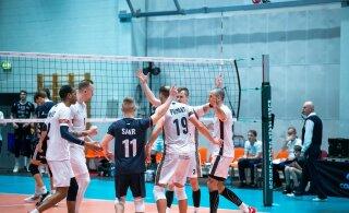 FOTOD | Saaremaa võrkpalliklubi võitis uustulnukat, Tartu alistas põnevusmängus Selveri