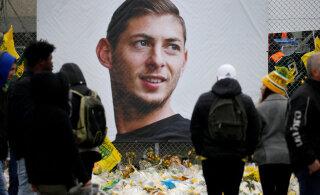 Briti politsei vahistas lennuõnnetuses hukkunud tippjalgpalluri surmaga seoses ühe kahtlusaluse