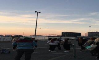 """ВИДЕО: В таллиннский торговый центр """"Юлемисте"""" поступила вторая за два дня бомбовая угроза"""