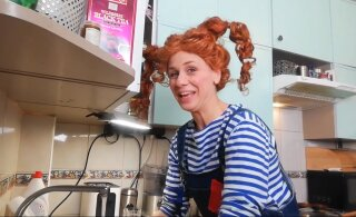 ВИДЕО | Актеры Русского театра передают привет из самоизоляции