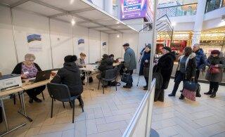 FOTOLUGU | Kümne minutiga hääletatud. Valimisjaoskonnas läheb eelhääletamisel valimine kiiresti