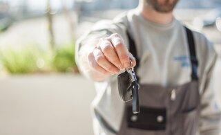 Покупаете или продаете автомобиль? Учтите важные нюансы дорожного страхования!