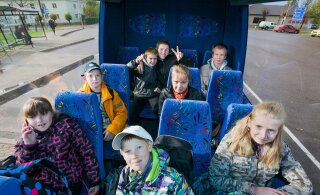 Majanduskomisjon otsustas, et lapsi vedavates bussides peab turvavöö olema kohustuslik