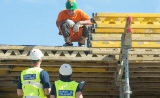 Полиция и налоговая хотят следить за каждым шагом строителей
