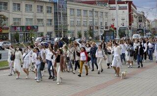 Жители Минска вновь выходят на стихийные акции протеста. Сообщается о задержаниях и стрельбе