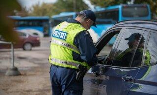 Как эстонские полицейские выявляют отвлекающихся на посторонние дела водителей?