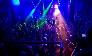 Ведущие эстонские журналисты поддерживают запрет на работу ночных клубов