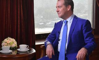 """""""Безудержное желание доминировать во всем мире"""": Медведев возмутился политикой США в Европе"""
