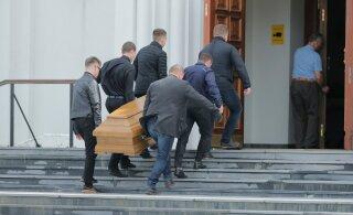 ФОТО | В Таллинне хоронят предполагаемого лидера преступного мира Эстонии Олега Львова