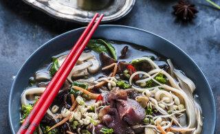 ÕHTUSÖÖGI KIIRABI neile, kes ei talu laktoosi, gluteeni ega muna — <em>pho</em>-supp riisinuudlitega