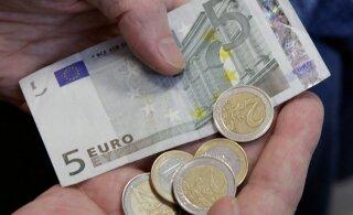 Центристы хотят, чтобы минимальная зарплата выросла до 40% от средней брутто-зарплаты