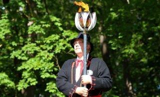 Огонь юбилейного Праздника песни и танца прибыл в Нарву