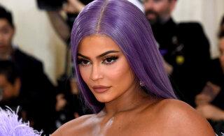 FOTOD | Püha püss! Kylie Jenner jagab fännidega eriti seksikaid rannapilte
