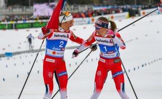 Норвежские лыжницы Йохауг и Остберг спят в одной кровати