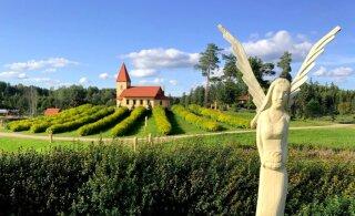 ФОТО | Более 400 скульптур: уникальная гора Царя Иисуса в Латвии