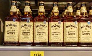 Латвийский Сейм в первом чтении одобрил снижение акциза на крепкий алкоголь на 15%