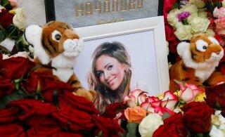 FOTOD | Fännid ahastuses: täna toimusid Julia Natšalova matused