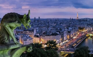 Во Франции вводится комендантский час и карантин для всех приезжающих