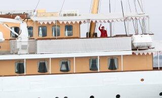 ФОТО: Королева Дании Маргрете II прибыла в Таллинн на роскошной яхте