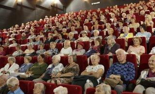 Киноклуб для пожилых продолжает работу: смотрите афишу ближайших сеансов!